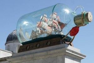 Ynka Shonibare, Nelson Ship in a bottle,2010-2012