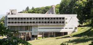 Le Couvent de la Tourette, opera di Le Corbusier