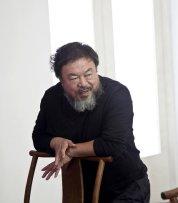 Ai Weiwei nel suo studio di Bejin