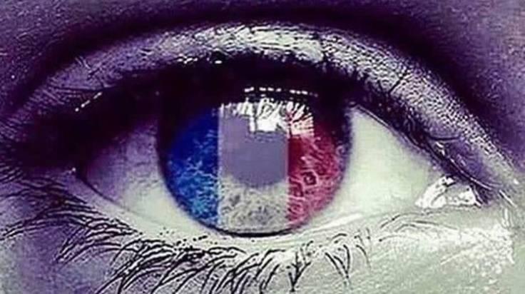 La rete piange per la Francia