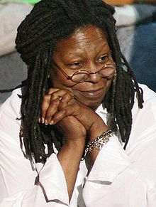 220px-whoopi_comic_relief_cropped