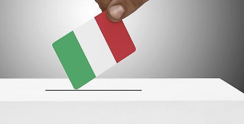 1444996435001-jpg-matteo_renzi_vuole_votare_nel_2017__la_prova_nella_legge_di_stabilita