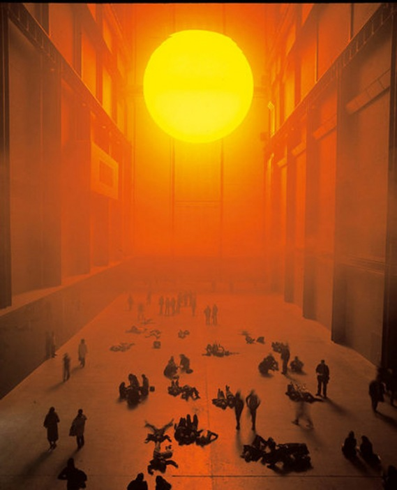 installation_view_olafur_eliasson_the_weather_project