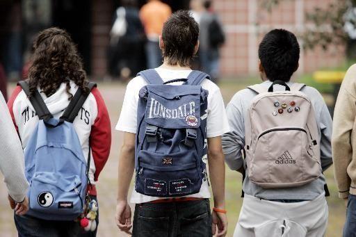 studenti-spalle